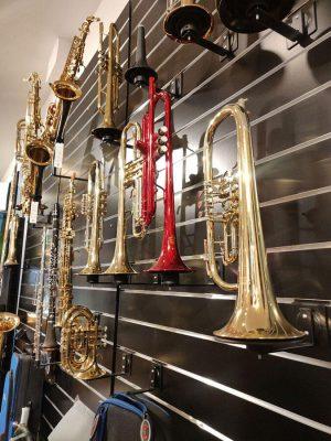 Musikgeschäft Trompeten